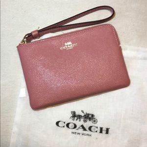 Authentic Coach CSRN LTH Corner Zip wristlet